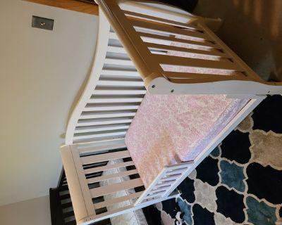 toddler crib with mattress