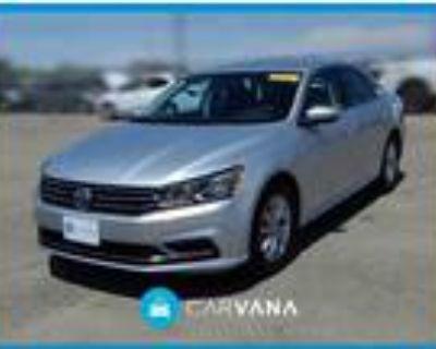 2017 Volkswagen Passat Silver, 57K miles