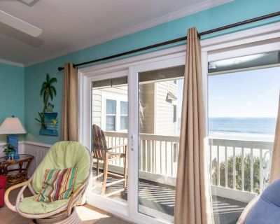 Amazing Oceanfront, 4 Bedroom Condo with Free Water Park, Aquarium, & More Every Day! CCII202 - Surfside Beach