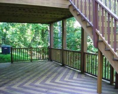 Woodlands Lane #Basement, Cross Junction, VA 22625 1 Bedroom Apartment