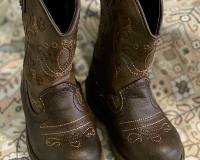 Toddler cowgirl boots size 5