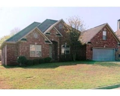 5 Bed 4 Bath Foreclosure Property in Maumelle, AR 72113 - Rocky Valley Dr
