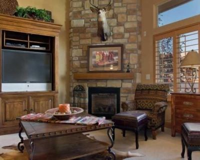 Luxury Vacation Townhouse- Park City, Canyons, & Deer Valley - Bear Hollow Village