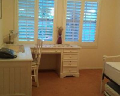 Furnished room in private house near LAX airport