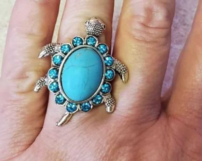 Beautiful new turquoise color turtle crystal adjustable ring matching necklace and earrings