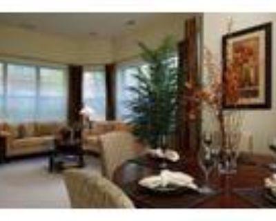 Revere Apartments - Luxury Community