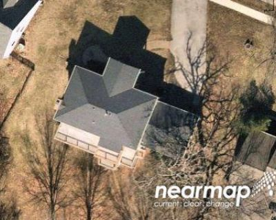 Preforeclosure Property in Chesterfield, MO 63017 - Park Forest Dr