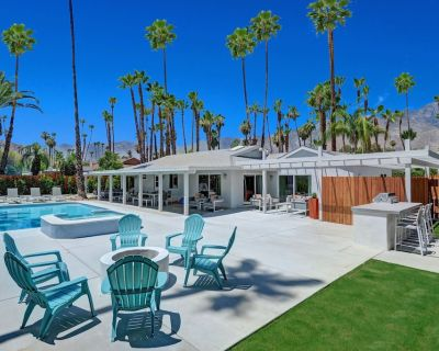 """Six Star Mid Century Modern Oasis- Your break from """"new normal"""" - Palm Springs"""