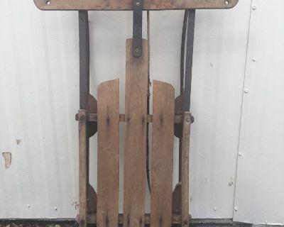 Vintage Gladding Speedy Wooden Sled