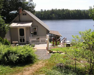 Victorian Lakefront Cottage With Spectacular Sunrise View Of Water - Spofford