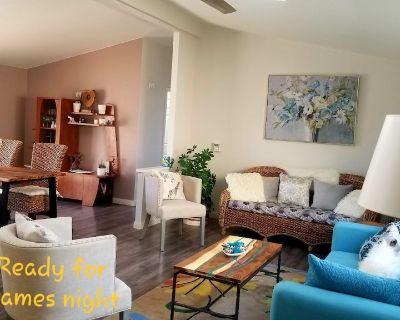 Paradise Resort Living for Retired Snowbirds in Desert Oasis 55+ - Desert Hot Springs