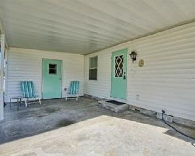 HISTORIC SIDE CUTE MANUFACTURED HOME