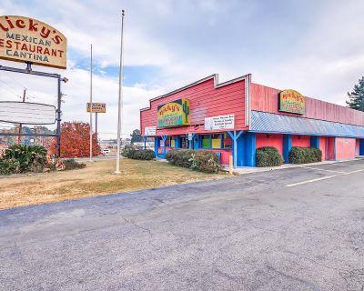 Turn Key Restaurant For Sale In Prime Location