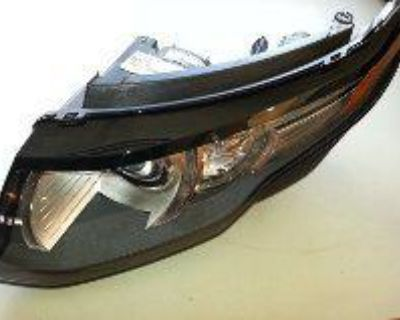 2013 Range Rover Evoque Left Hand Headlight Complete, Two Tabs Broke, Works Fine