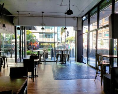 Full Bar / Restaurant & Lounge with Indoor & Outdoor Seating, Los Angeles, CA