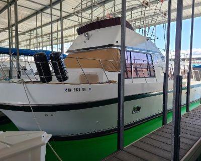 1978 Blue Water Sport Sedan Houseboat