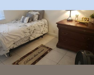 Room for rent in West Westward Avenue, Banning - Banning ca room for rent