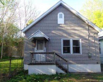 198 Mackinaw St #REARCOTTAG, Buffalo, NY 14204 3 Bedroom Apartment