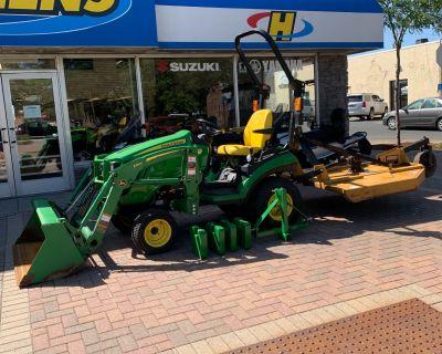John Deere 1025R Lawn Tractors Osseo, MN