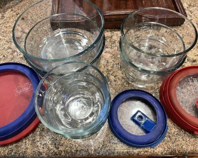 7 Glass Storage Containers, 5 Lids