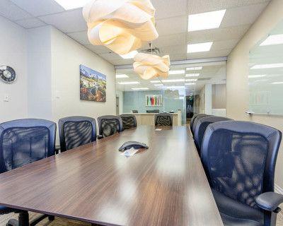 Professional Conference Room (Large), Denver, CO