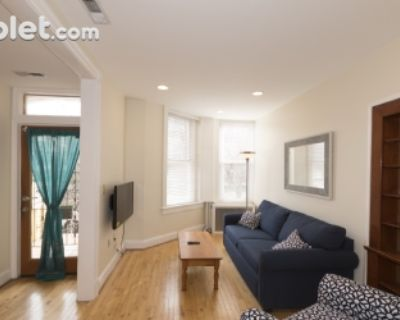 $7200 5 apartment in Capitol Hill