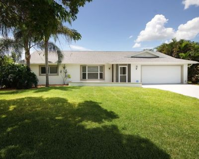 Villa in Cape Coral - Modern equipped holiday home with boat for rent - Yacht Club