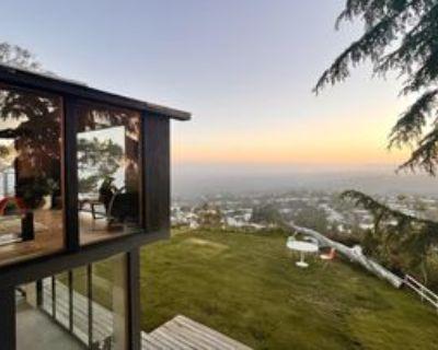 9200 Crescent Dr, Beverly Hills, CA 90046 2 Bedroom Apartment