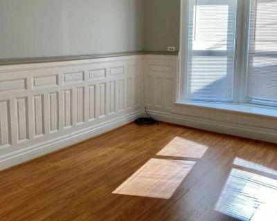 Private room with shared bathroom - Buffalo , NY 14213