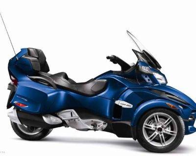 2012 Can-Am Spyder RT Audio & Convenience SE5 3 Wheel Motorcycle Cedar Rapids, IA