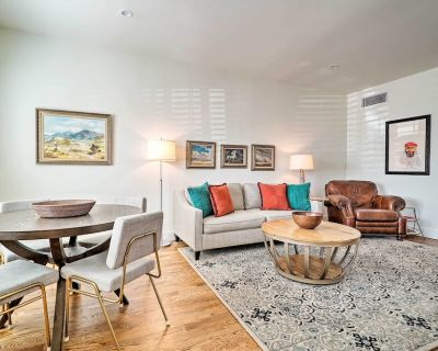 NEW! SW Mid-Century Modern Home in Rim/UTEP Area! - El Paso