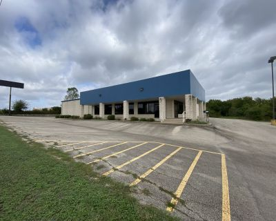 Retail Space For Lease - 14,835 SF