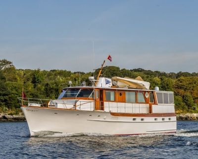 1973 60' Trumpy Houseboat