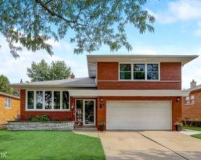 W 99th Pl, Oak Lawn, IL 60453 3 Bedroom House
