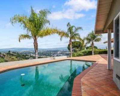 3733 Beverly Ridge Dr, Los Angeles, CA 91423 3 Bedroom Apartment