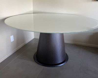 Beautiful dining or foyer table