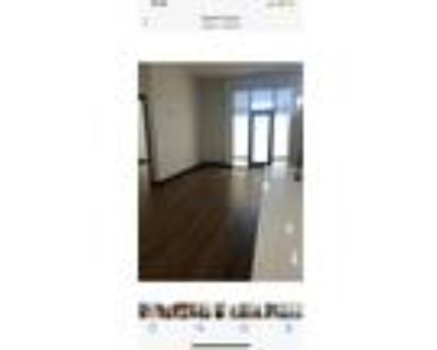 Roommate wanted to share 2 Bedroom 1.5 Bathroom Condo...