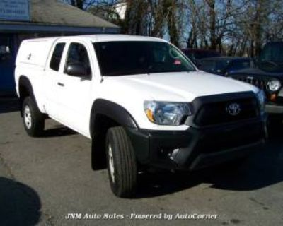 2015 Toyota Tacoma PreRunner Access Cab 6.1' Bed I4 RWD Automatic
