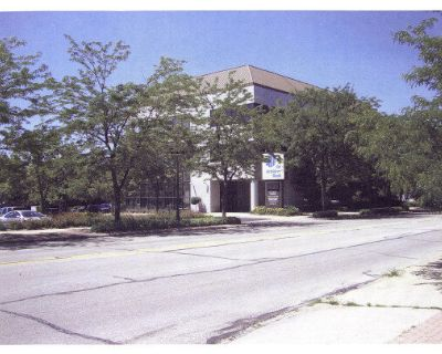 600 S. State Street, Belvidere, IL - Available for Sale or Lease