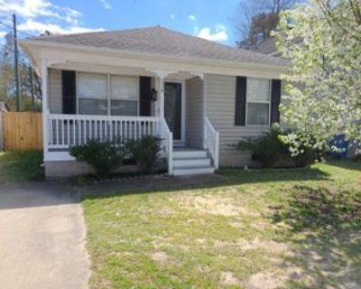 216 Diamond Ave #1, Chesapeake, VA 23323 3 Bedroom Apartment