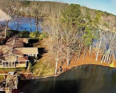 3125 Cardinal Lake Circle