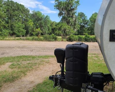 City Getaway/Glamping - Montgomery County