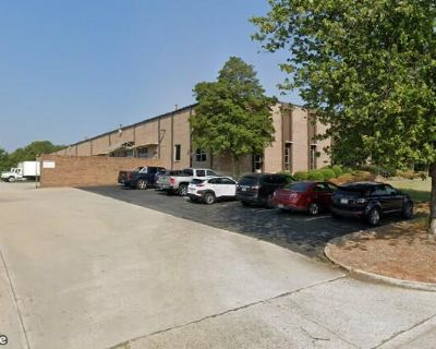 Industrial Warehouse Space For Lease