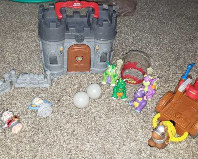 Little People Dragon Castle and Accessories