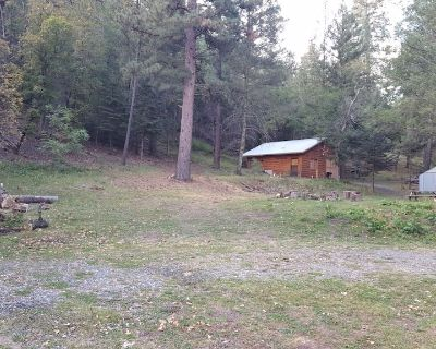 NOGAL CANYON ESCAPES / BUNKHOUSE - LINCOLN COUNTY NATIONAL FOREST - Nogal