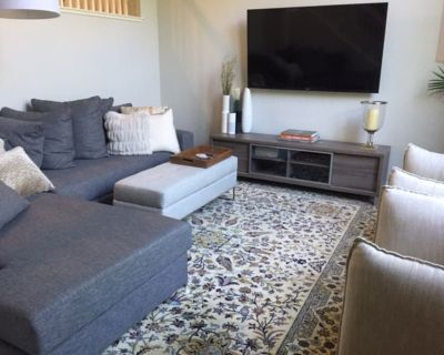 ENTIRE 1700, 3 bed/2.5 bath townhouse w/ park & pool and .5m from downtown SJ - Ryland