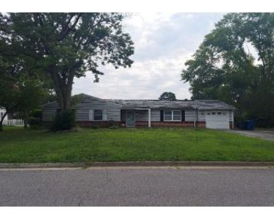 4 Bed 2 Bath Preforeclosure Property in Virginia Beach, VA 23452 - Chancellor Dr