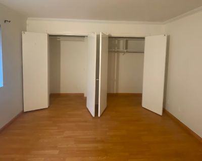 Private room with own bathroom - Santa Monica , CA 90403