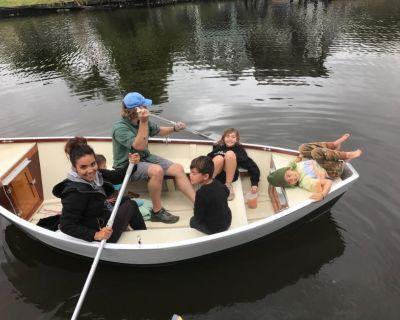 Custom made fishing drift boat