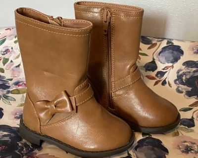 CP Toddler Size 4 Boots